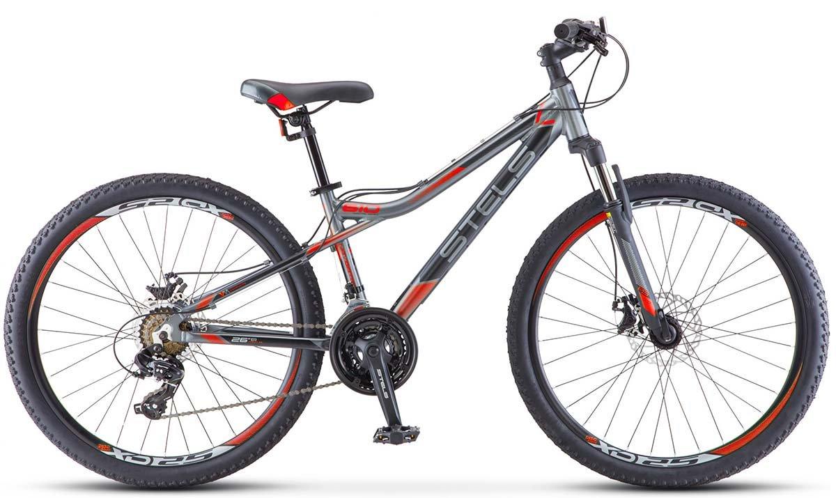 Простой велосипед с девушкой